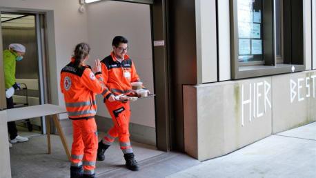 Corona-Hilfe: Kostenlose Verpflegung für Münchner Einsatzkräfte verlängert bis 3. Mai