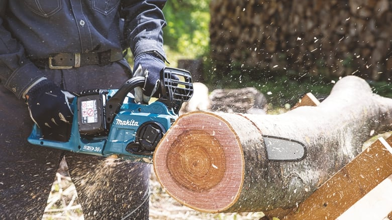 Top Kettensägen, Beile & Äxte für Ihr Brennholz