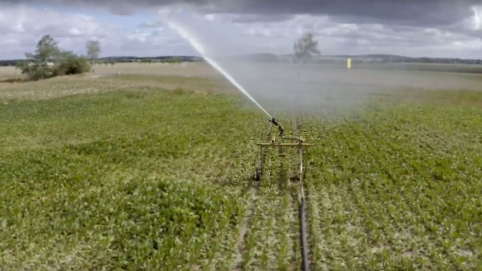Gezielt bewässern mit Satellitentechnik und VariableRain.