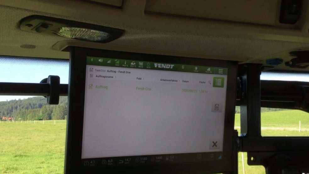 Aufträge ins Terminal mit Applikationskarte