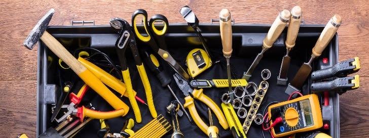 Baugeräte & Werkzeuge