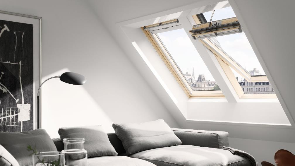 Velux Schwingfenster Wohnzimmer