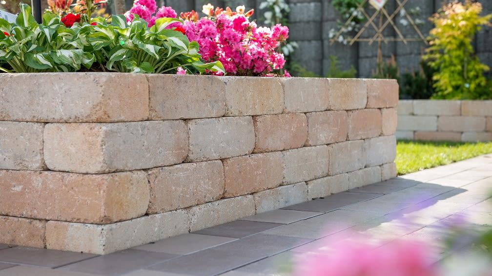 Diephaus Mauersteine