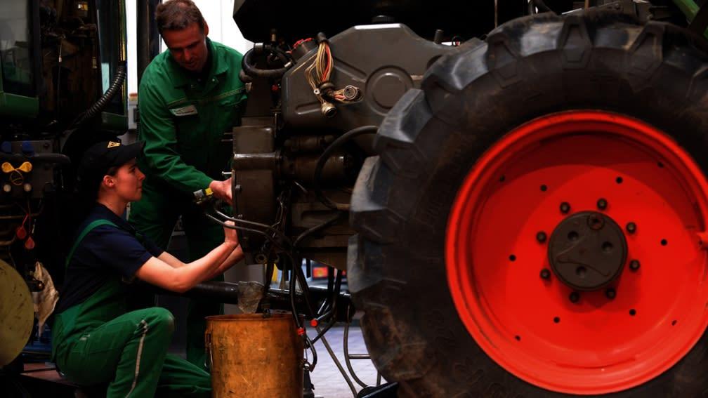 Die Nachfrage nach Traktoren legte 2019 ebenso zu wie das Servicegeschäft in den Werkstätten.