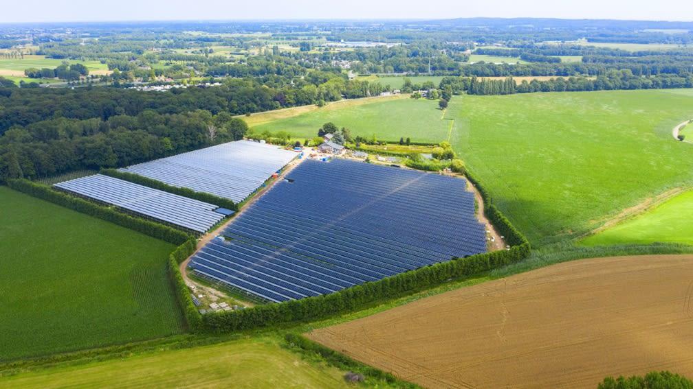 Luft Bild einer Photovoltaikanlage