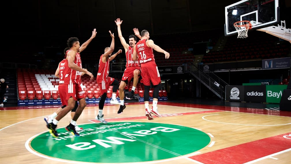 Basketballer des FCBB in Aktion