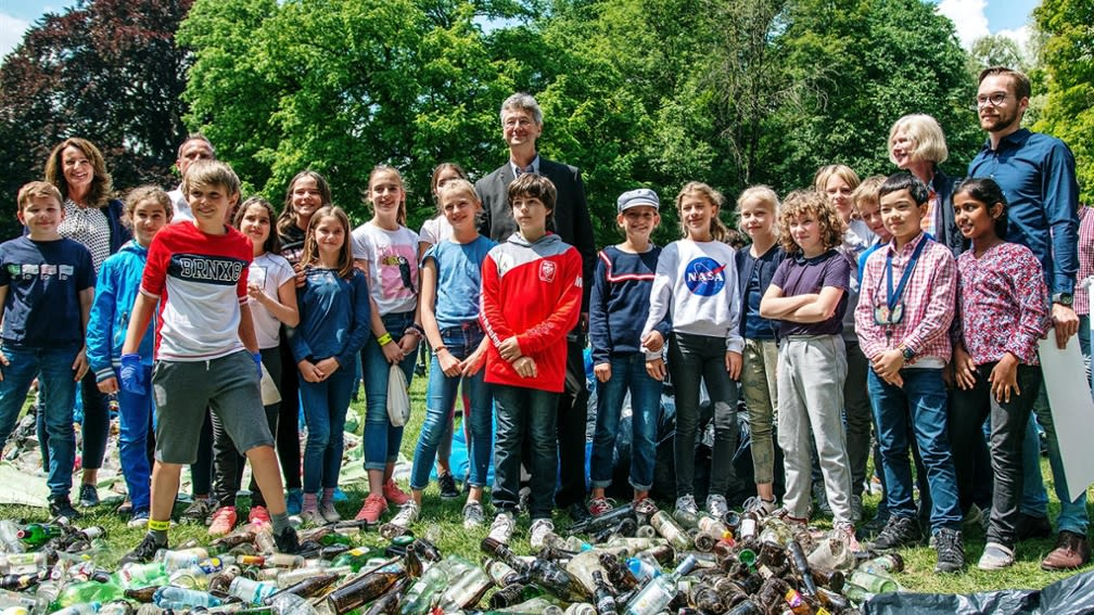 As environmental sponsor, the BayWa Foundation supports the pupils of the Luitpold-Gymnasium in environmental campaigns.