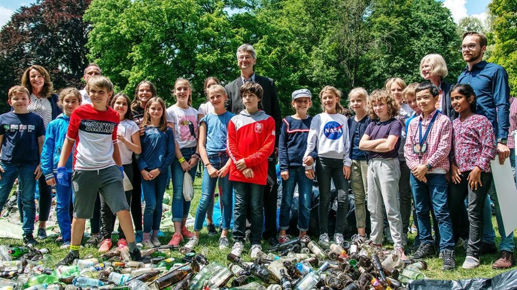 Als Umweltpate unterstützt die BayWa Stiftung die Schüler des Luitpold-Gymnasiums bei Umweltaktionen.