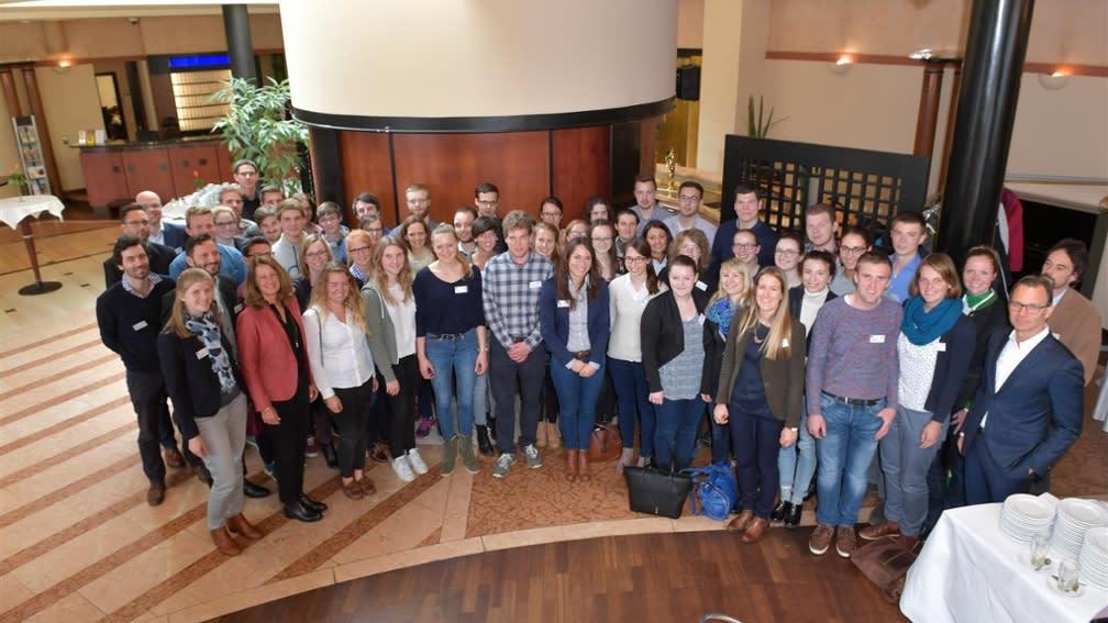 Am Stipendiatentag der BayWa Stiftung  erschienen zahlreiche Studenten, die einen gemeinsamen Tag verbringen konnten.
