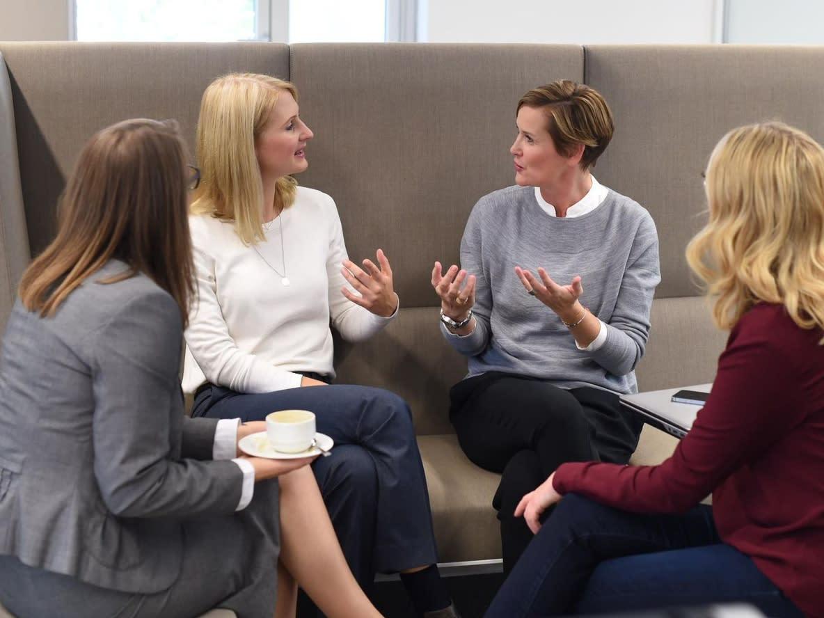 Teilnehmerinnen von Connected Women