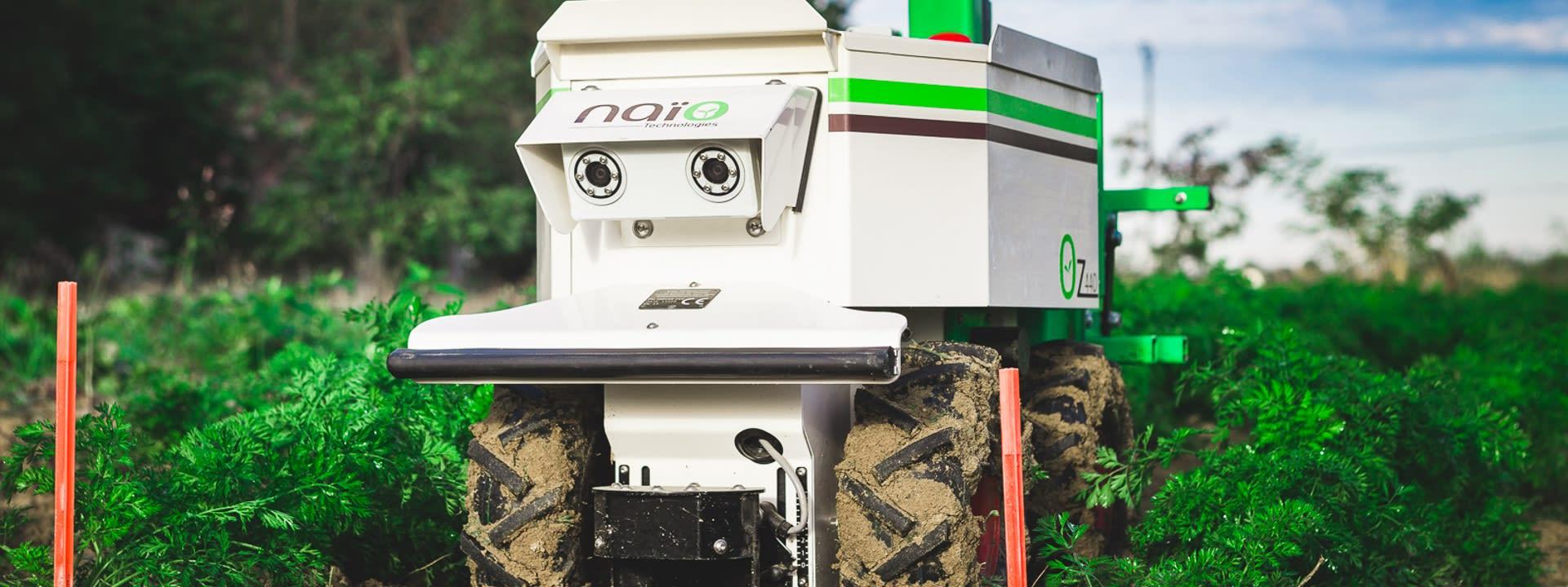 Feldroboter von Naio im Einsatz