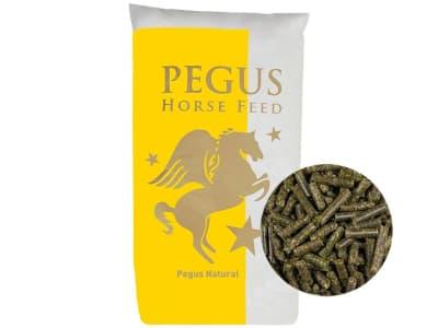 Pegus Natural Luzernecobs naturbelassene Raufutterergänzung mit hohen Gehalt an nativen Aminosäuren für Pferde zum Einweichen