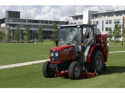 Massey Ferguson Traktor MF1540