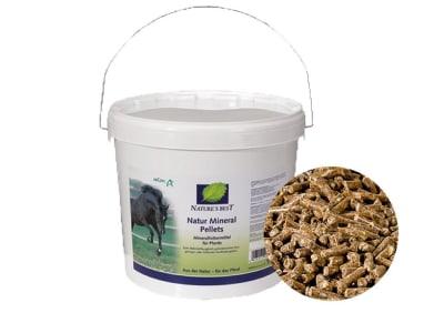 NATURE´S BEST Natur Mineral Pellets biotaugliches Mineralfutter zur Vorbeugung von Mangelerscheinungen und zur Optimierung der Ration 10 kg Eimer