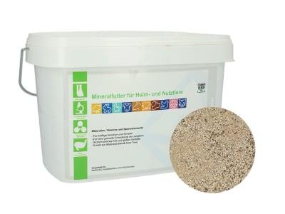 Mineralfutter für Heim- u. Nutztiere granuliertes Mineralfutter 5 kg Eimer GMO controlled (VLOG anerkannt)