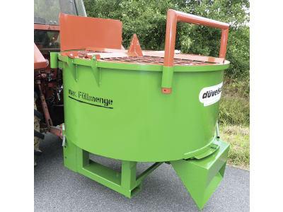 "Düvelsdorf Traktor-Betonmischer ""DBM 750 L"""