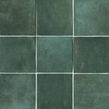 Cloe 5x5 glossy ceramic tile in Green