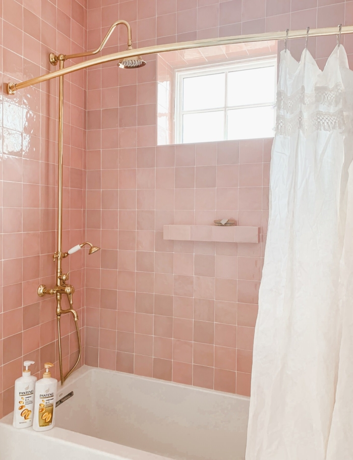Cloe 5x5 ceramic tile in Pink