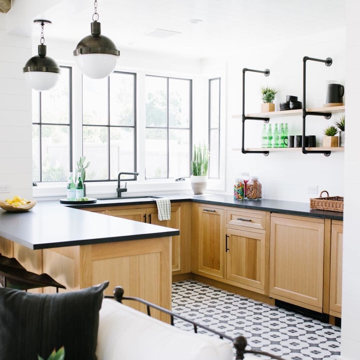 Kitchen designed by jenferrandi ising Enchante Moderno on the floor