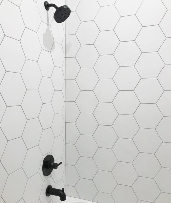 Costa Allegra 8in porcelain hex tile in White Sand