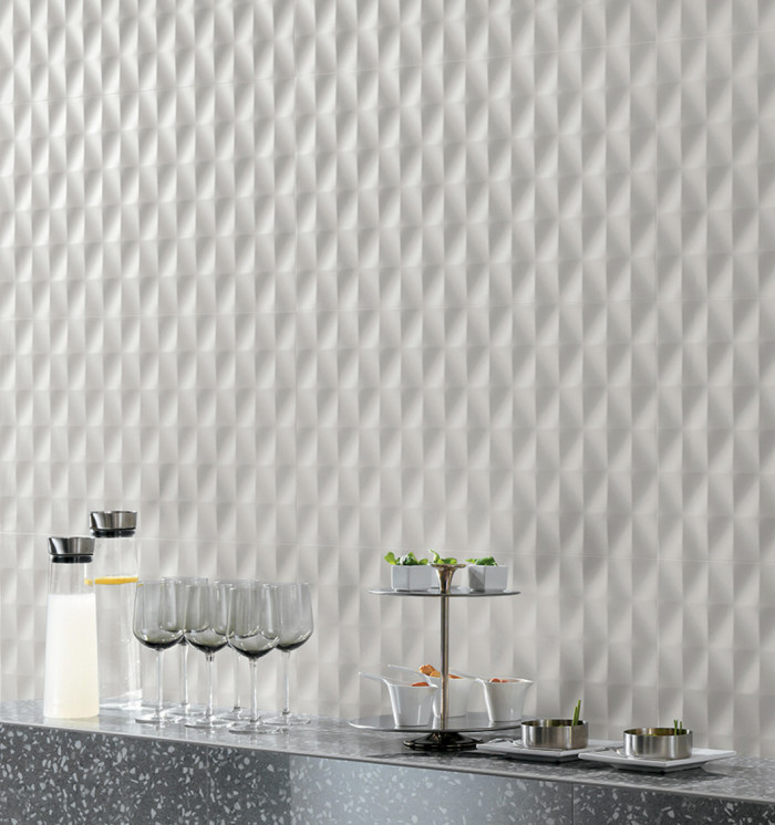 Shape 16x32 ceramic dimensional wall tile in the Mesh pattern