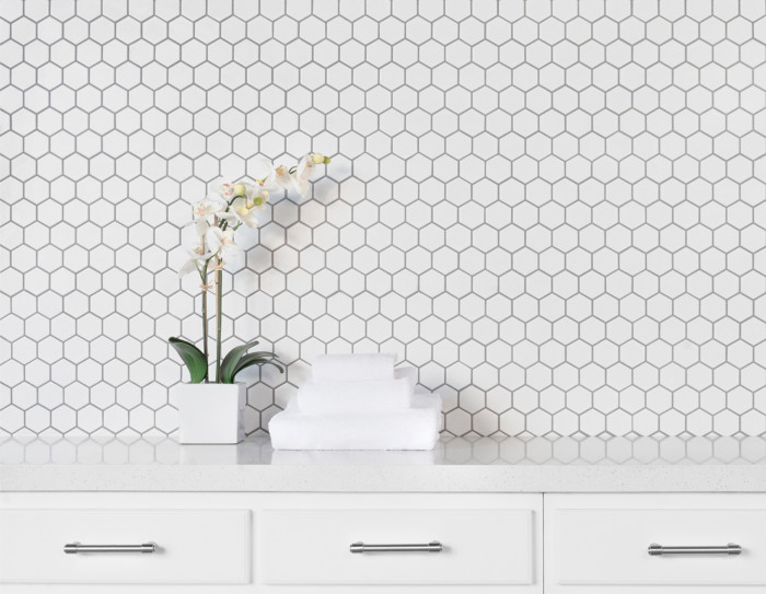 Le Cafe porcelain hexagon tile in 2x2 matte white