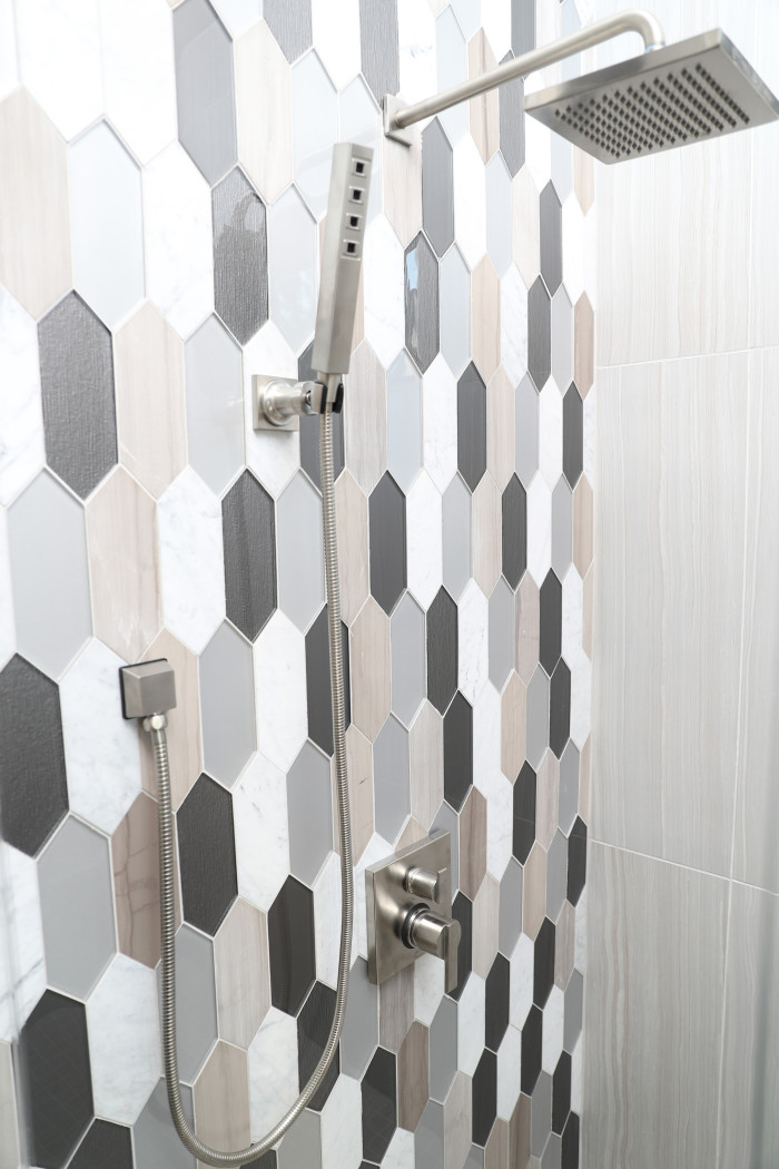 Verve Palisade Tall Hexagon Blend Mosaic in Dash