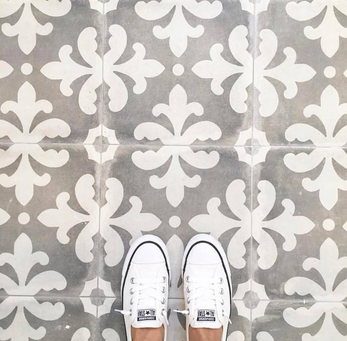 Romantic fleur pattern of our Palazzo porcelain in the Florentina deco paired with crisp, white Converse