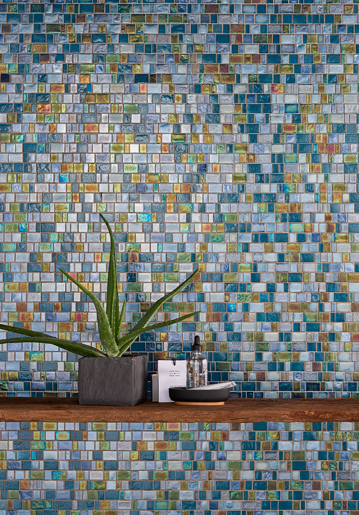 Kahakai™ glass mosaic in Deep Sea random brick pattern