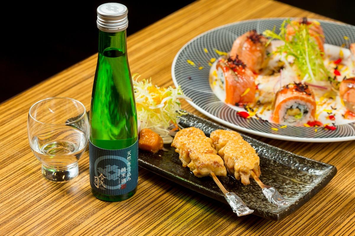 梅香炙鮭卷/ 明太子雞肉串 x 今代司 天然水純米酒
