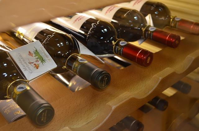 wine-1802763_640