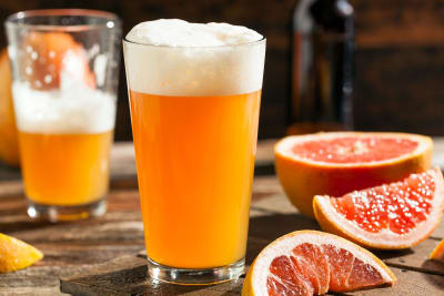 Beers in glasses with grapefruit