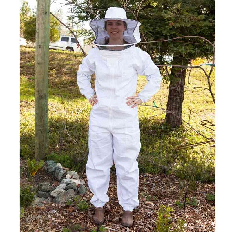 Bee keeper on Brutton CT Dallas TX
