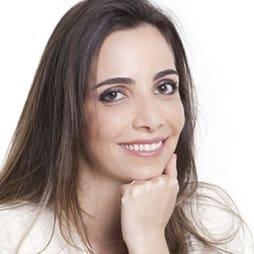 Dra. Denise Lage