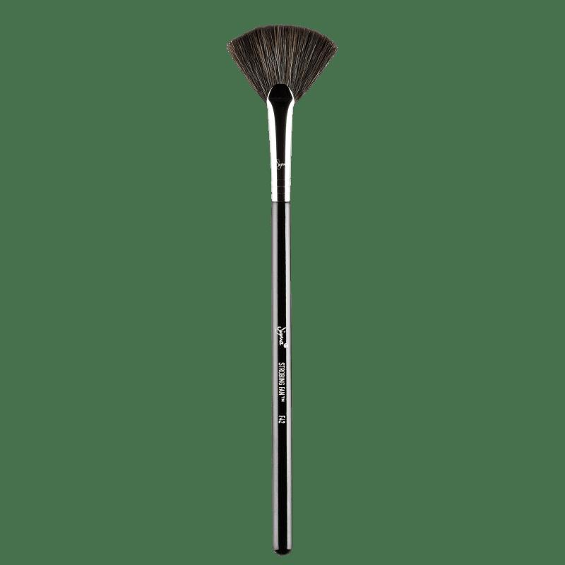 Sigma Beauty F42 Strobing Fan - Pincel para Iluminador