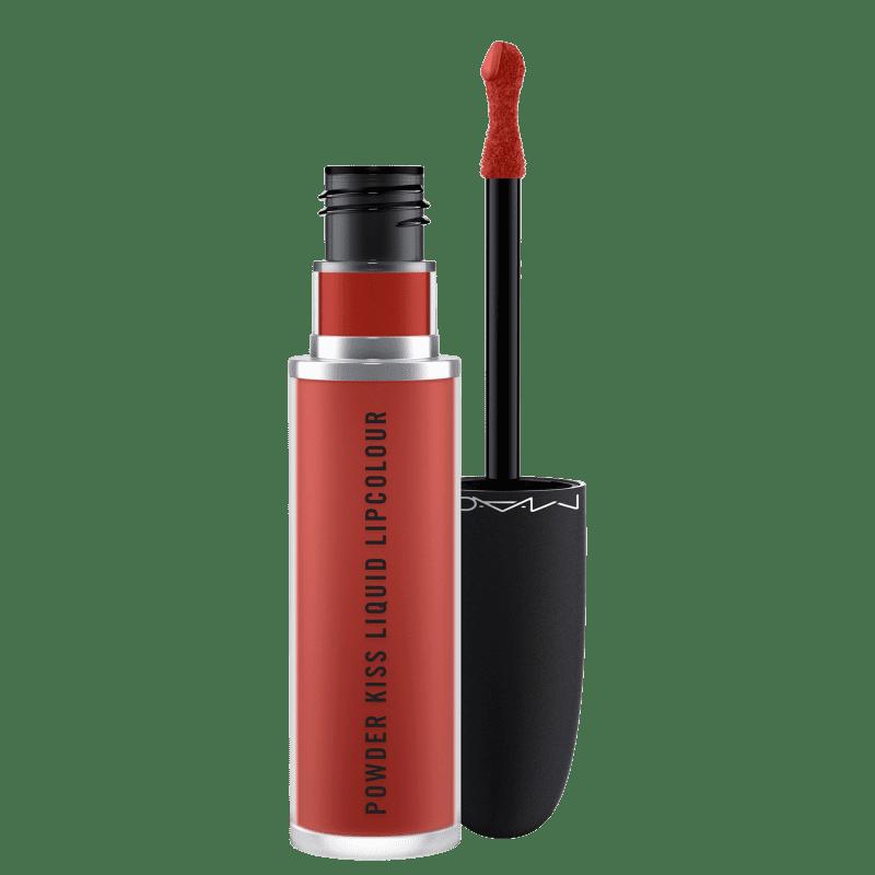M·A·C Powder Kiss Devoted to Chili - Batom Líquido 5ml