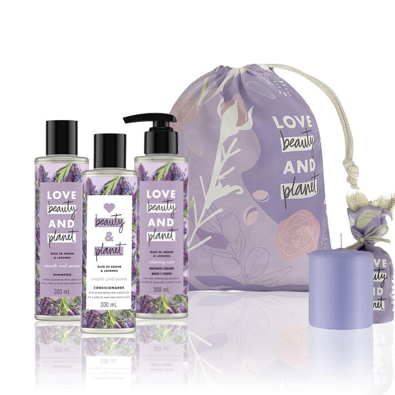 Kit Love, Beauty and Planet - Shampoo + Condicionador  Smooth and Serene + Sabonete Relaxing Rain + Saco de pano + Vela perfumada roxa