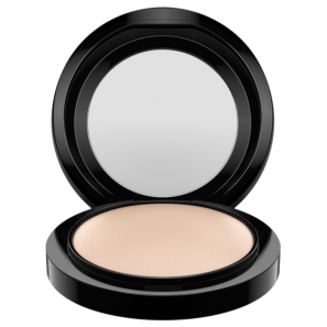 M·A·C Mineralize Skinfinish Natural Light - Pó Compacto Luminoso 10g