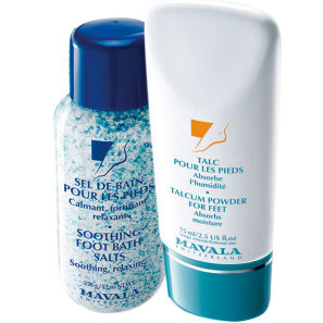 Kit Mavala Talcum Powder for Feet e Smoothing Foot Bath Salts (2 produtos)