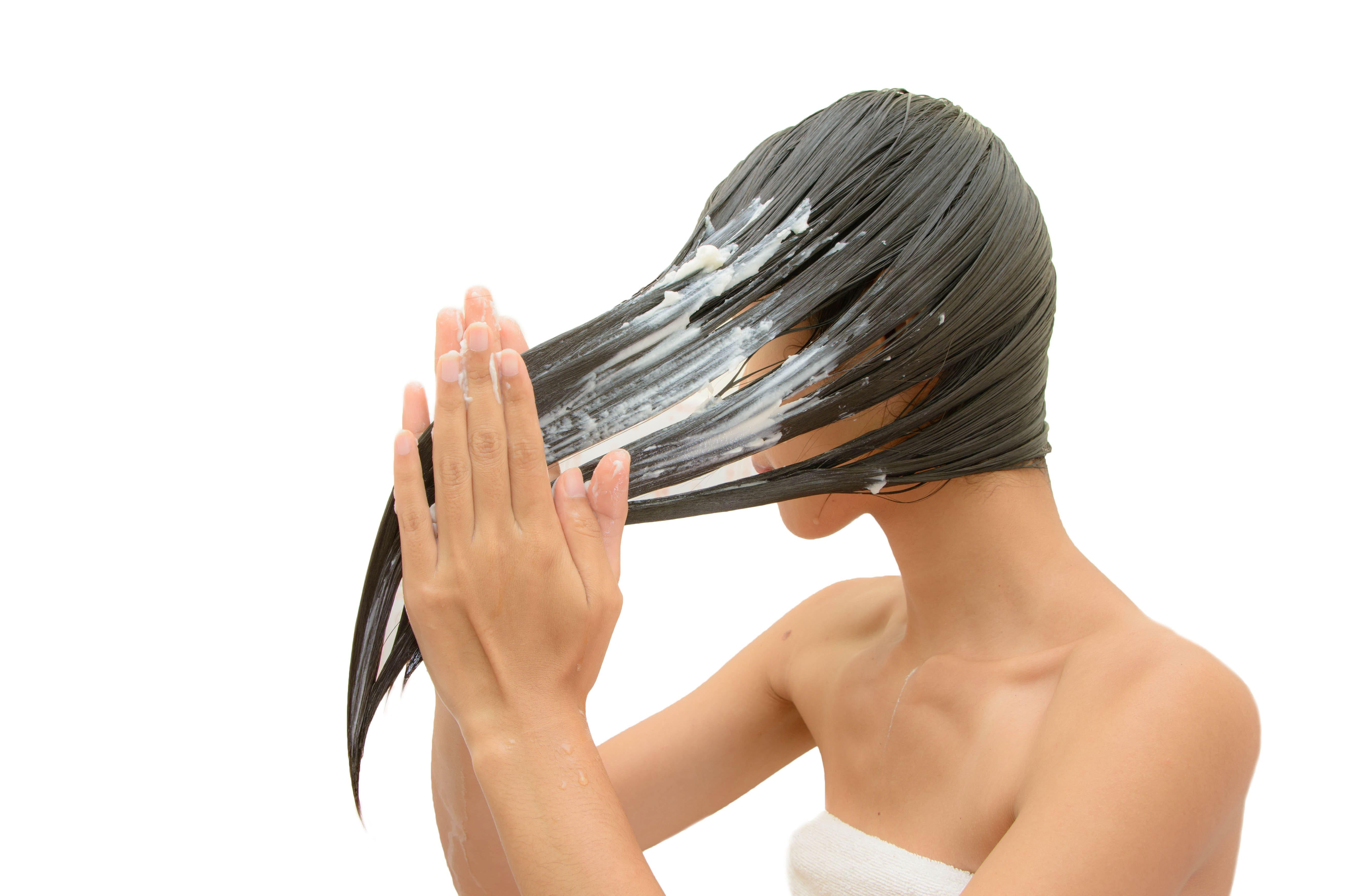 Hidratação no cabelo: tudo o que você precisa saber