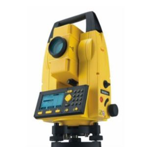 SOUTH TOTAL STATION WITH STAND AND STAFF