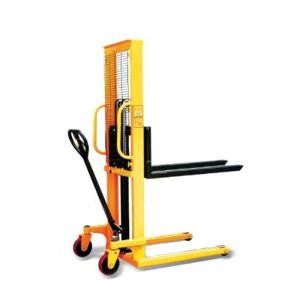 BELLSTONE HYDRAULIC MACHINERY  FOR WEIGHT LIFTINGAND CARRYING HAND STAKER CAPACITY 2000 KG