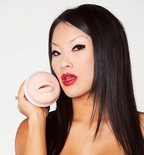 Fleshlight Girls® - Asa Akira Swallow