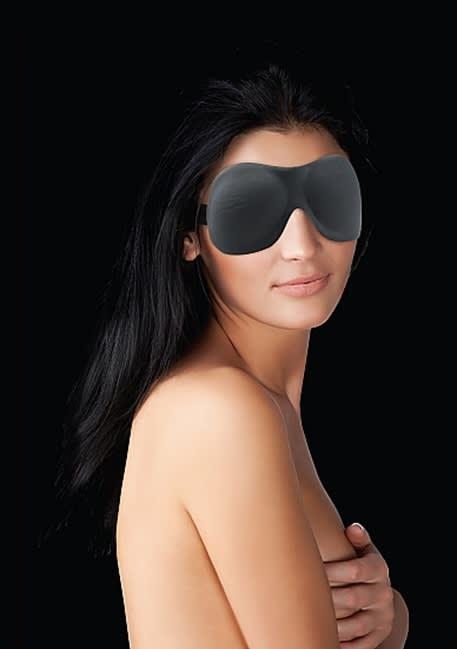 Ouch! - Kurvig ögonmask