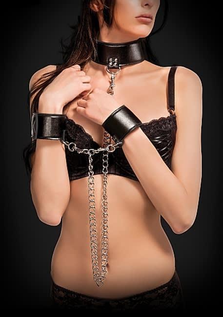 Ouch! - Vändbart halsband och manschetter