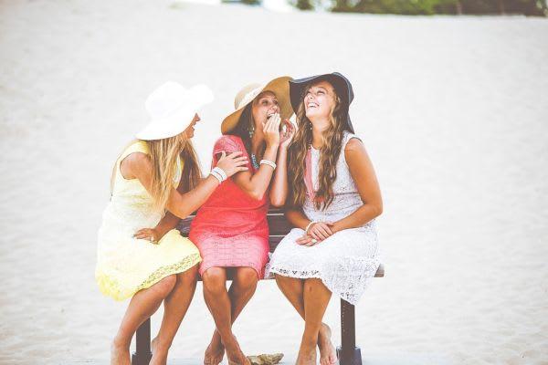 楽しそうな女3人