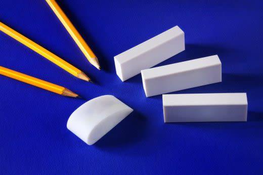 鉛筆と消しゴム