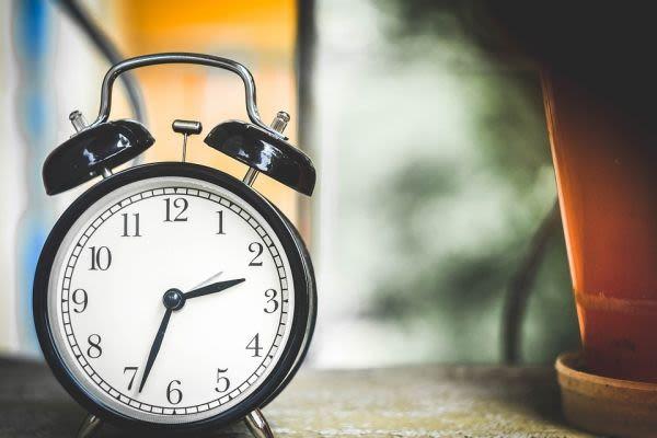 置き時計の画像