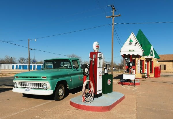 外国のガソリンスタンド