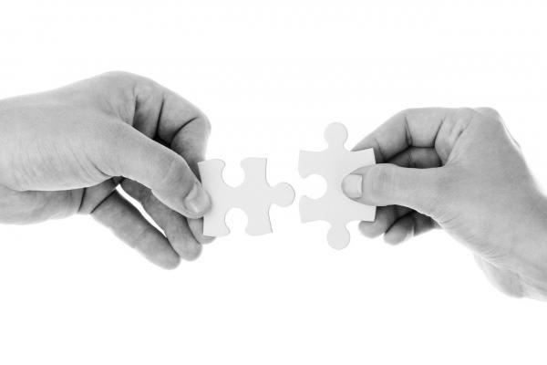 パズルを繋ぐ人